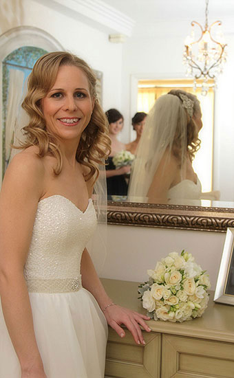 Bride with a curly wedding hair